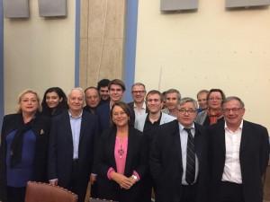 Moment convivial avec lycéens et jeunes européens après le débat